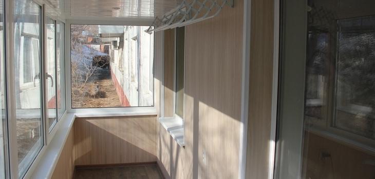 Внутренняя отделка балкона МДФ панелью Виконт Одесса