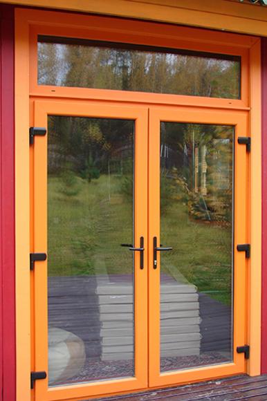 Пластиковые двери цветные. двери компании vikont.